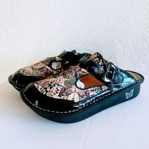 Alegria Butterfly Mules Size 6